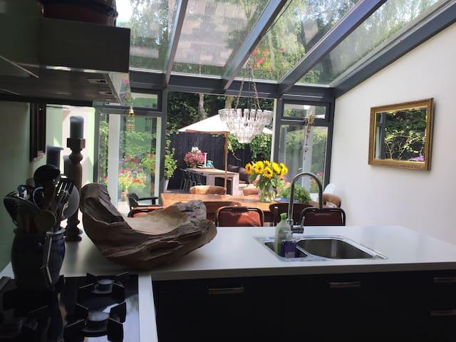 Huis in Bergen met  bohémien sfeer - Bergen - Casa