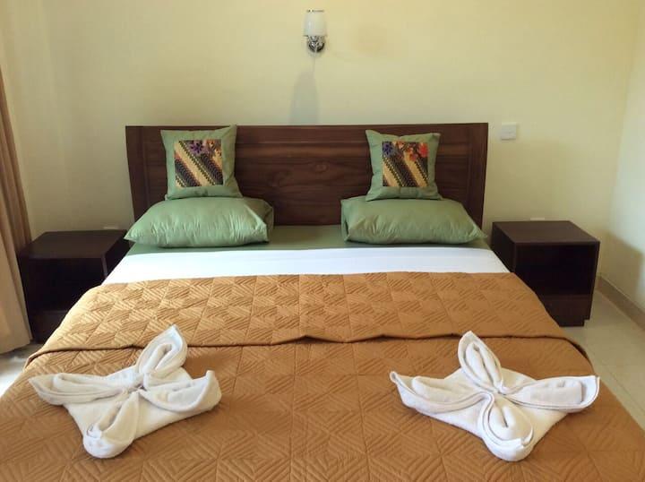 Bella House 7 Hanoman - Double bed AC + Fan