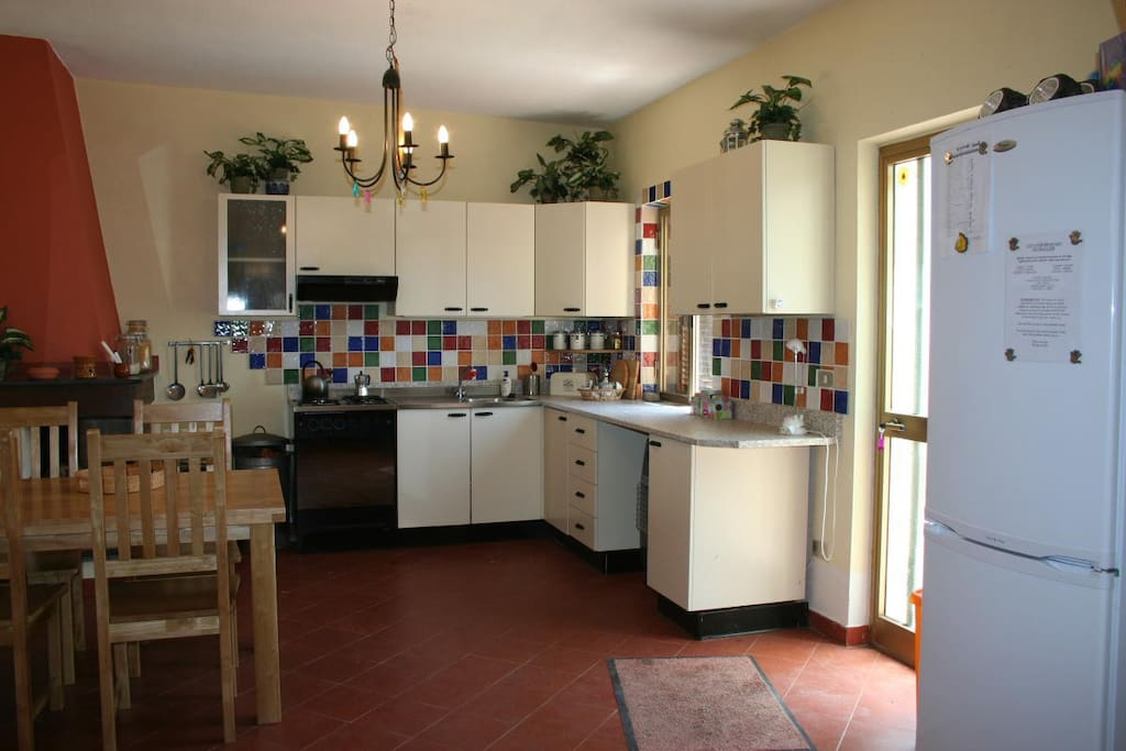 Spacious and well equipped dining/kitchen