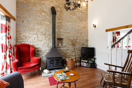 Wenslow Barn, a popular cosy R&R destination. - Ross-on-Wye - Apartament