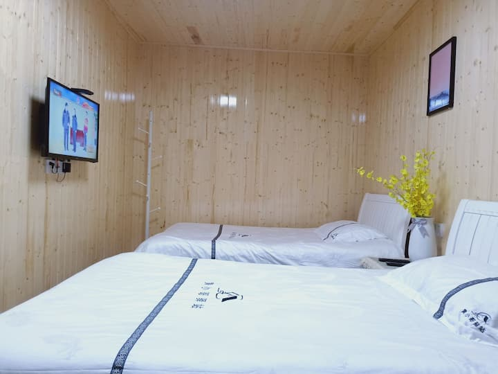 庐山景区内 实惠标间可住两人 带电视空调