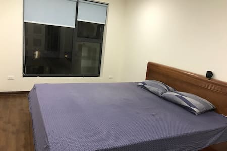Large private room on 5th floor, near city centre