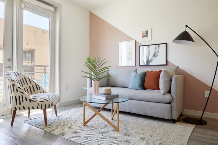 Sonder | 1BR + Balcony | Discounted Rates