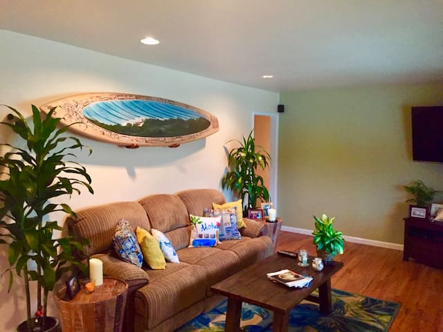 Baywatch Bungalows: 2 Bedroom, 1 Bath Home