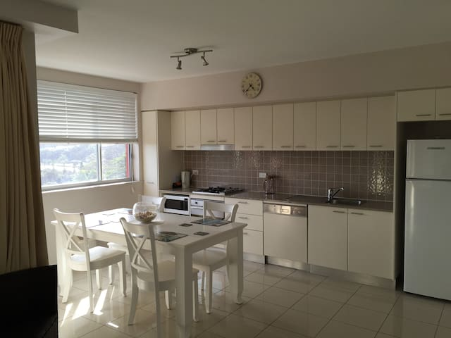 2 BR apartments with ocean view - East Ballina - Apartment