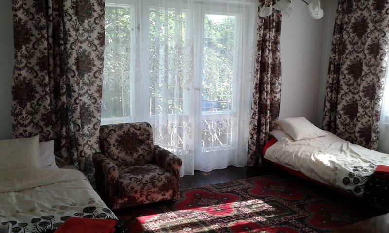 Gemütliches Zimmer in Dębica Zentrum - Dębica - Huis