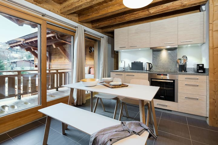 • Modern kitchen diner with all the mod cons and an amazing view •