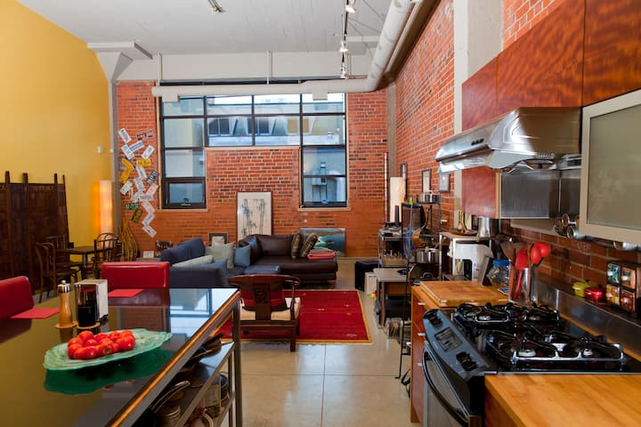 Urban Loft in the Heart of Downtown