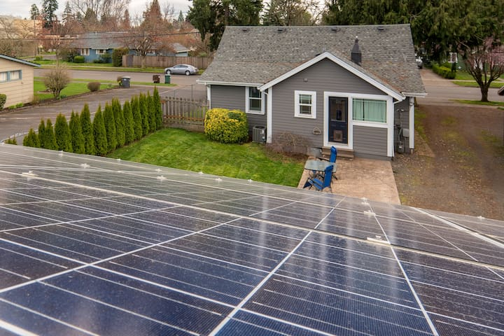 Solar Powered Home in Hillsboro
