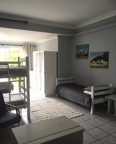 Cosy Apartment in the Heart of Cape st Francis