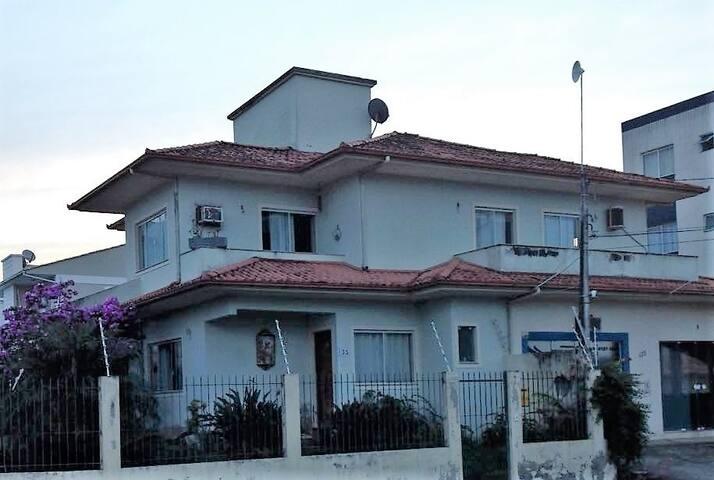Casa inteira - Pagani, Palhoça, SC. - Palhoça - Casa