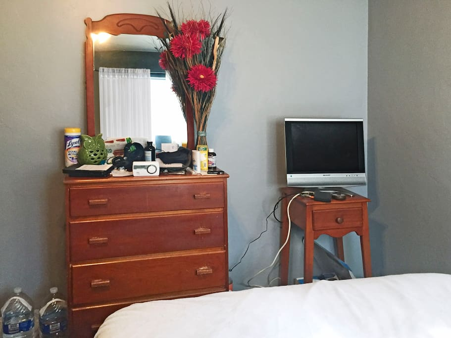 [Private] Bedroom A-TV and Dresser