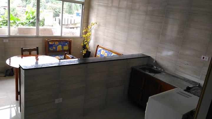 Quarto, sala, cozinha (Conforto e economia)