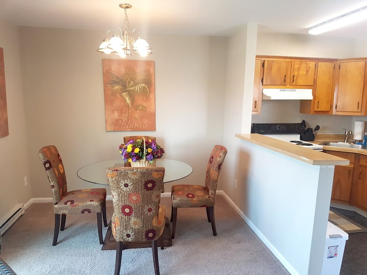 143D Beach View, Military Rate! WIFI, TV, Wash/Dry