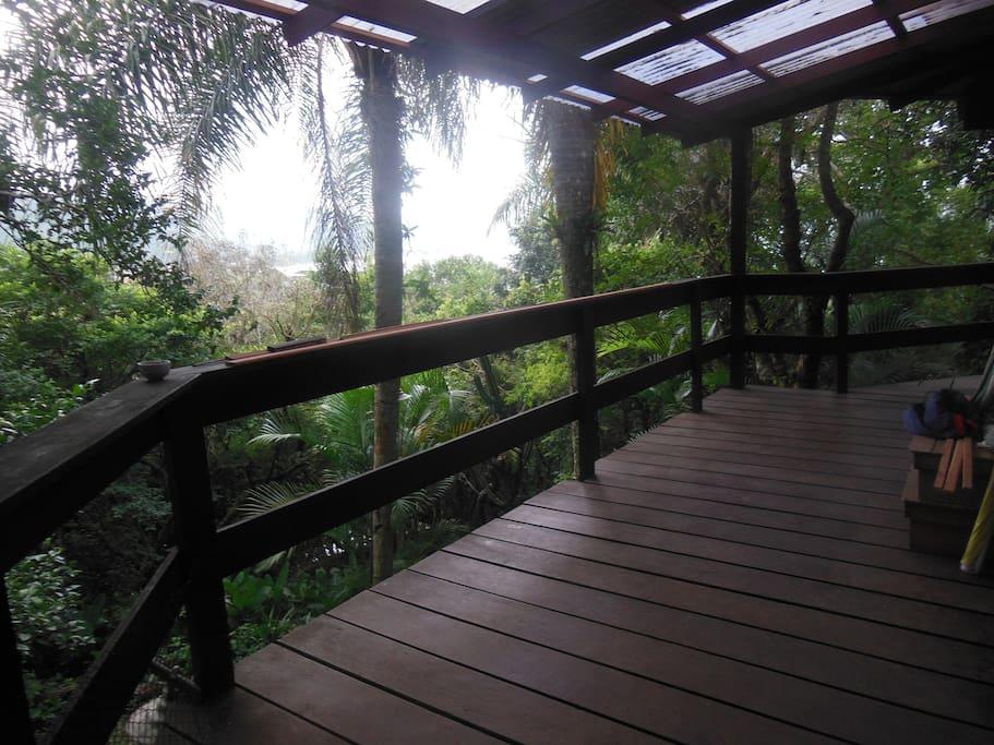 Deck de acesso a casa