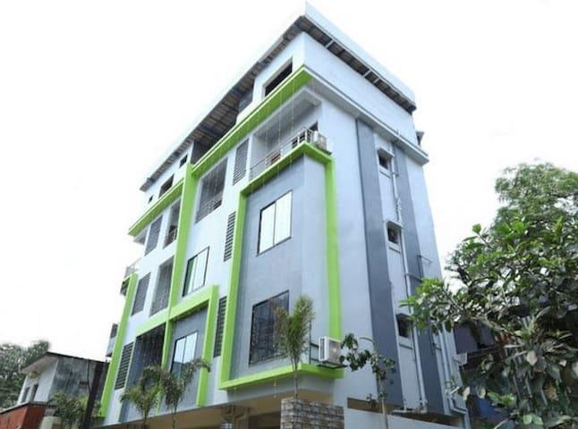 Best Budget Hotel In Sadar