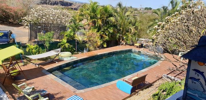 Rdc villa tropicale,vue océan piscine calme nature