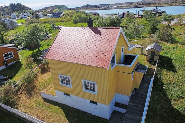 4 star holiday home in Abelvær