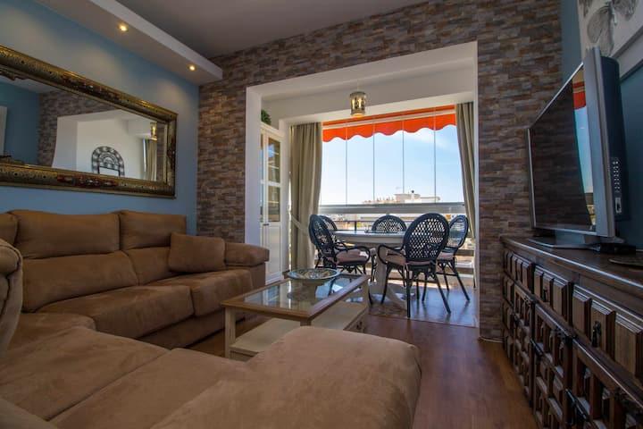 Apartamento con piscina + parking, Sol Montemar 50