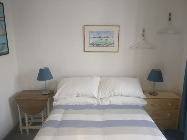 Stokes Croft double room- central but lively