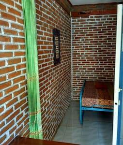 Kamar 108 Gandekan Lor Malioboro Jogjakarta