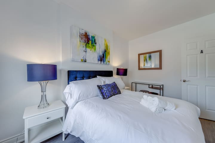 City View 2 BR Oasis w/Private Bath & Luxury Beds