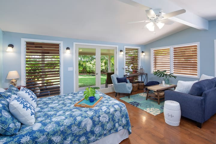 Kailua Beach – Private Garden Studio/30 Days+ Only