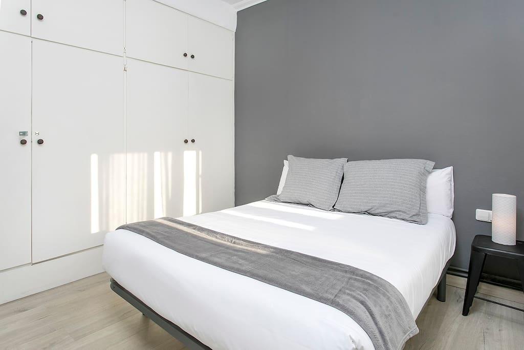 Bedroom 1 (double bed)