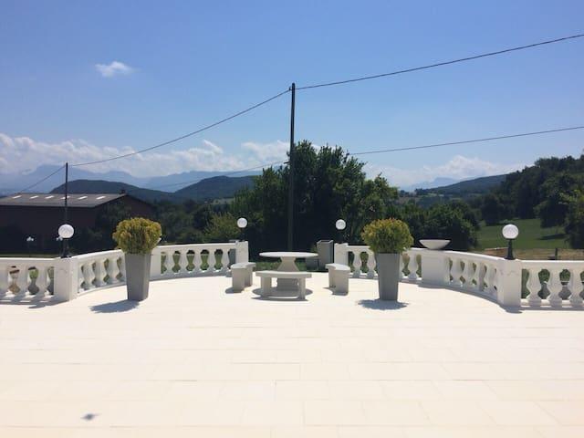 Grande terrasse sud de 400 m2