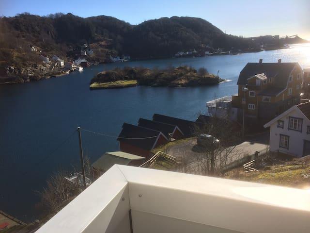 Solbakken panorama leilighet i Rekefjord. Nr 2 - Hauge i Dalane