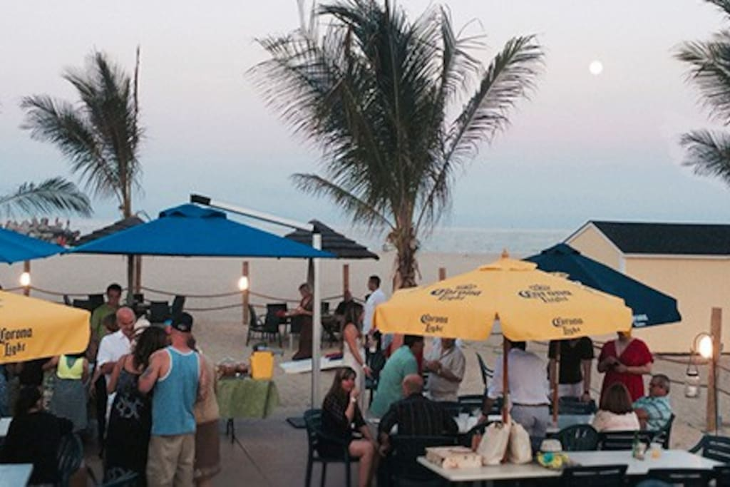 Plenty of beach bars for a cold beer at night as you listen to the waves.