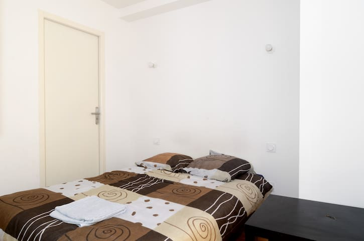 Studio 33m², Modern, 10 min walk to downtown - Aix-en-Provence - Departamento