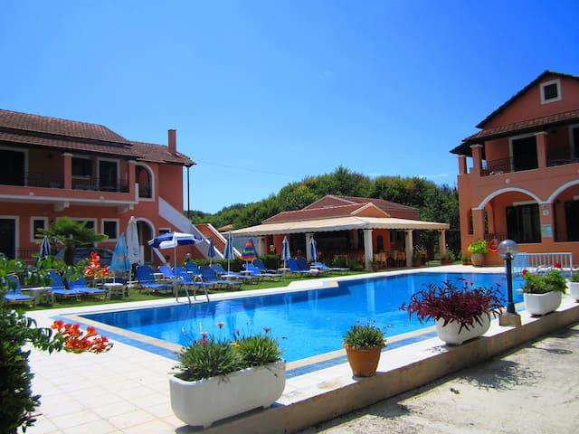 VarVara Apartments Two