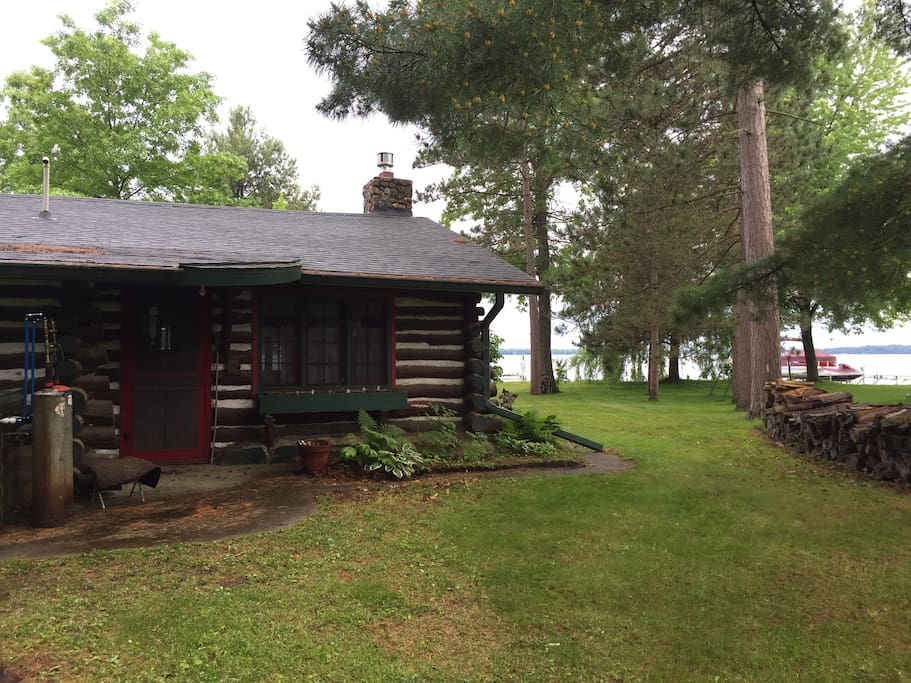 Log cabin on wissota cabins for rent in chippewa falls for Falls lake cabin rentals
