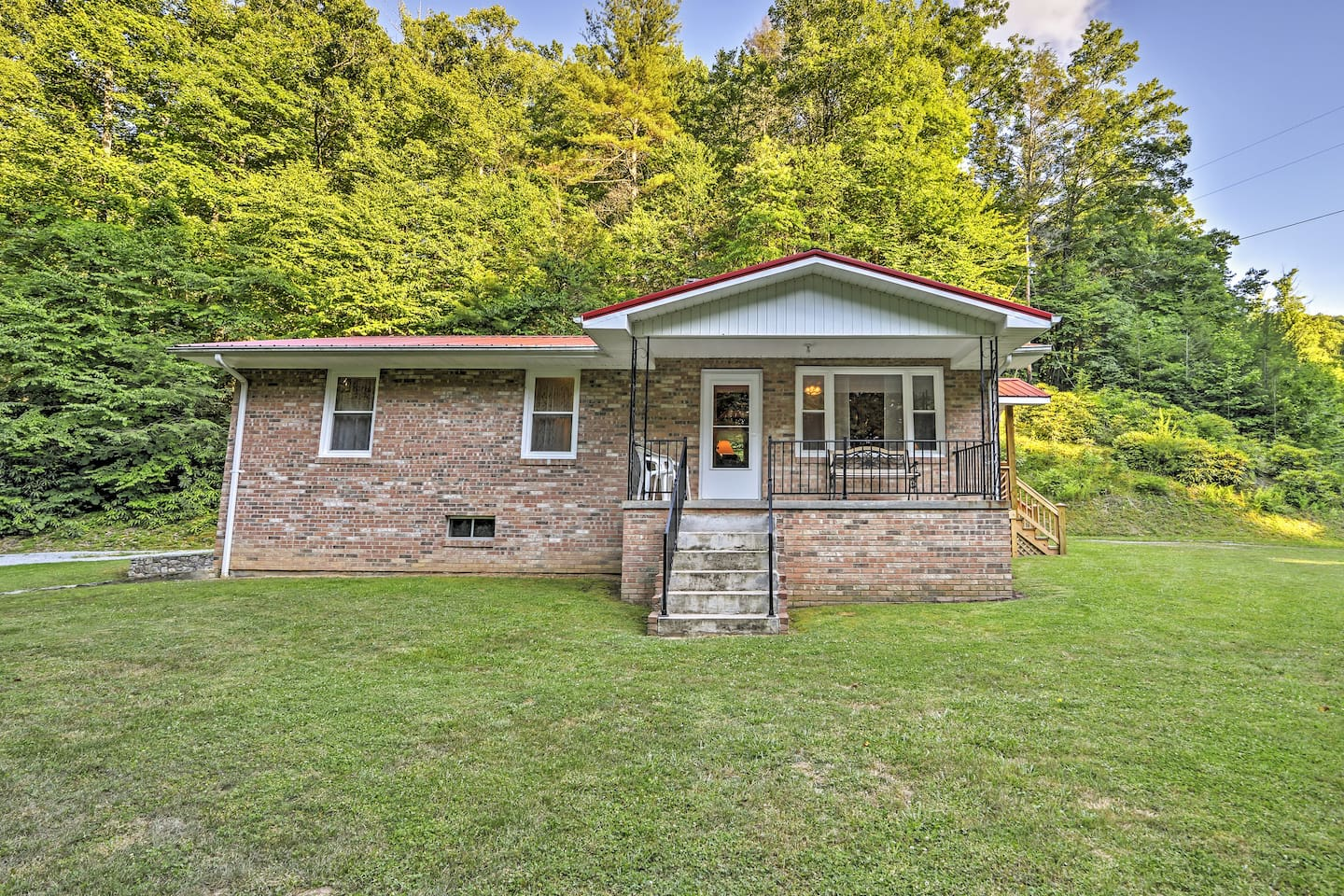 A relaxing North Carolina getaway awaits you at this 3-bedroom, 1-bath vacation rental home nestled on the outskirts of Marshall.