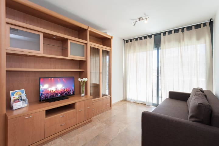 Big apt. for families of 8 persons or 7 adults