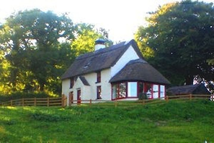 Double Room Thatched Cottage Kenmare