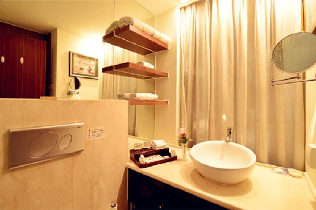 卫生间,淋浴房