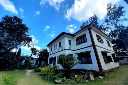 Elisol Residence.