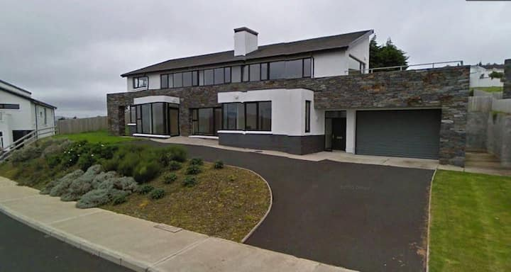 Stunning 5* Property Overlooking Lough Swilly