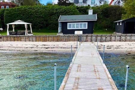 Luxury Beach house and private beach in Copenhagen