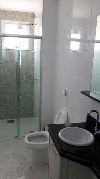 Banheiros com higienizados. 100%