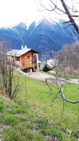 Cucchiales Stroppo  Valle Maira - Lou Seral (MONO)