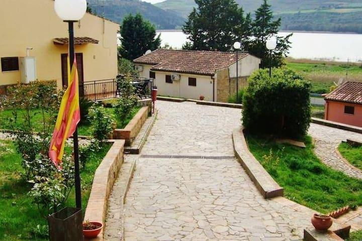 Garden Bivani / Monovani in villette