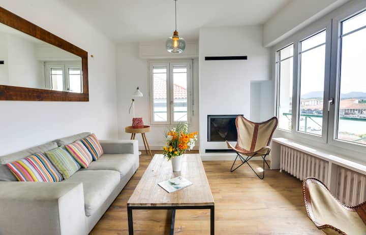 Charming flat, liminous, ideally located, 150m away from beach - W423