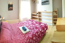 Double room in cosy house