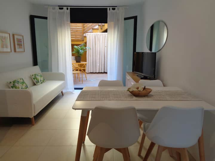 "Beautiful ground floor 30m ""Platja Gran"" Internet"