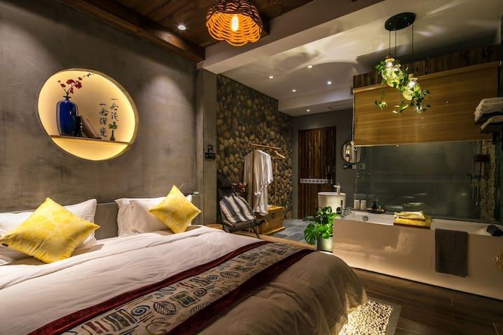 近大东海亚龙湾新中式古韵三室三卫品质家庭房