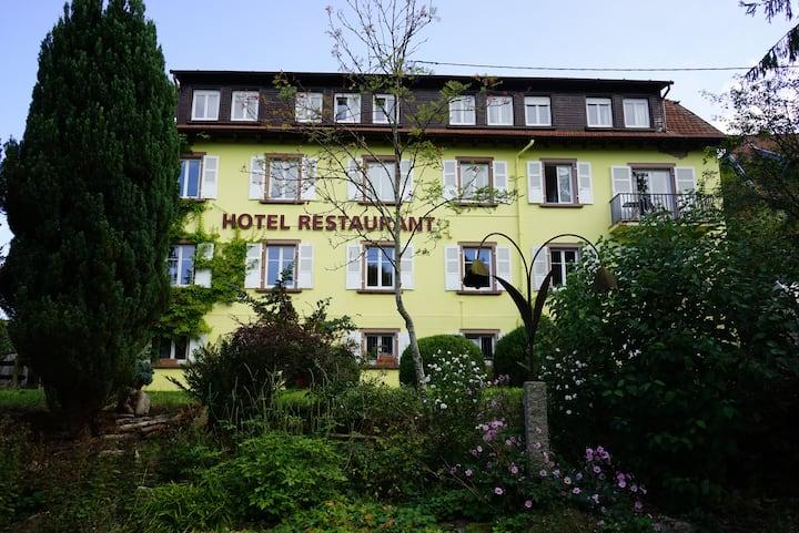Le Hohwald: Hôtel avec vue sur les Vosges