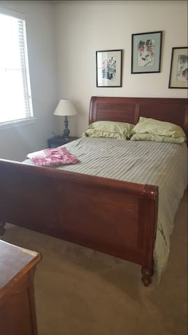 Single Story Guest Room 7 Minutes From The Strip
